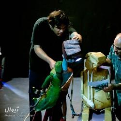 نمایش ملاقات با گودو در کافه پایتخت با ۱۵% تخفیف | عکس