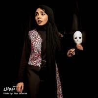 نمایش مده آ سایه ای از یک زن | عکس