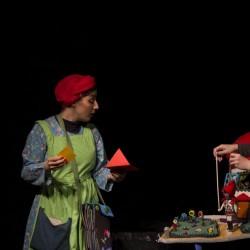 نمایش شنل قرمزی و آدم کوچولوی گرسنه | عکس