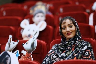 گلنوش شریفی: برای دوران کودکی بچهها فیلم بسازیم نه برای دوران کودکی خودمان   عکس