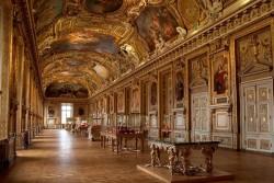 موزه لوور پربازدیدترین موزه جهان | عکس