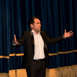 گزارش تصویری تیوال از اختتامیه سی و سومین جشنواره بینالمللی تئاتر فجر (سری نخست) / عکاس: مهدی اسماعیلیان | عکس