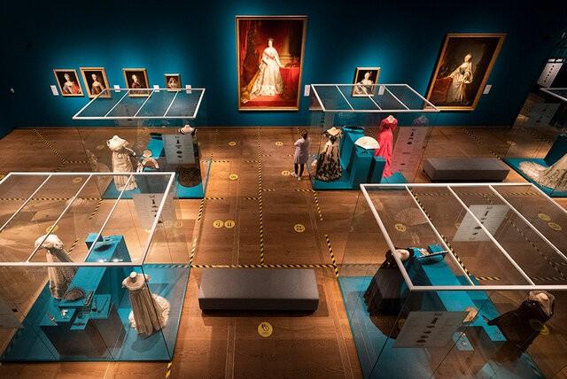 درهای موزه «هرمیتاژ» آمستردام باز شد | عکس