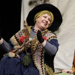 نمایش زن نیک ایالت سچوان | عکس
