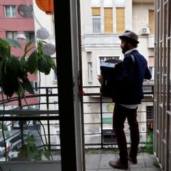پنجره و بالکنهای جهان در روزهای کرونا | بوداپست، مجارستان