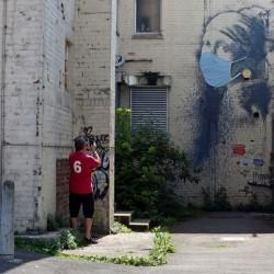 هنرهای خیابانی با الهام از کرونا | بنکسی، انگلستان