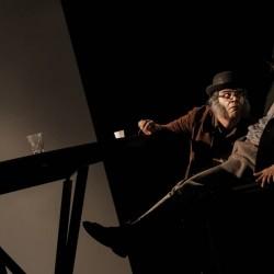 نمایش جان و جو | عکس