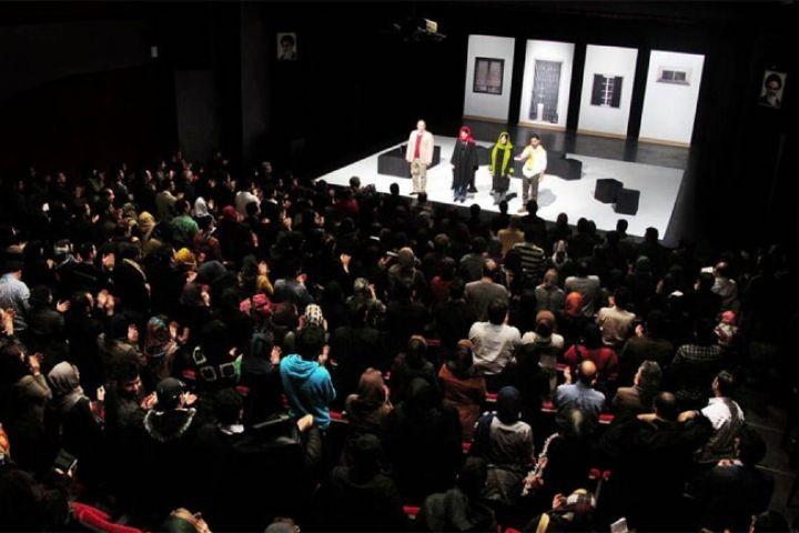 تئاتر بدون مخاطب زنده معنا ندارد | عکس
