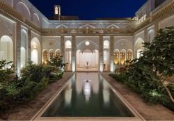 خانه تاریخی سعادت کاشان جایزه مرمت و معماری سال ۲۰۱۹ را گرفت | عکس