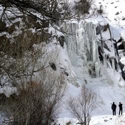 یخ زدگی آبشار گنجنامه همدان | عکس