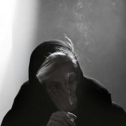 نمایش مستند شلتر | عکس