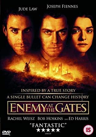 عکس فیلم دشمن پشت دروازهها