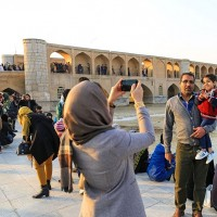 حال و هوای اصفهان بعد از بازگشایی زاینده رود | عکس