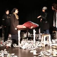 گزارش تصویری تیوال از نمایش نفرین طبقه ی گرسنه / عکاس: گلشن قربانیان | عکس
