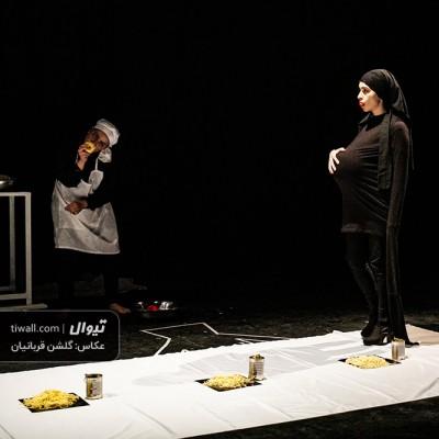 گزارش تصویری تیوال از نمایش خون مردگی / عکاس: گلشن قربانیان | عکس