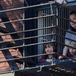 پنجره و بالکنهای جهان در روزهای کرونا | منهتن، آمریکا