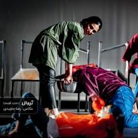 گزارش تصویری تیوال از نمایش شیهیدن / عکاس: رضا جاویدی   عکس