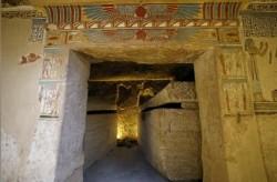 کشف مقبره ای رنگارنگ و حیوانات مومیایی شده در مصر | عکس