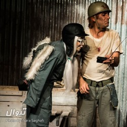 نمایش برای کلاه آهنیها | عکس