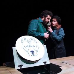 نمایش آقای اشمیت کیه؟ | عکس