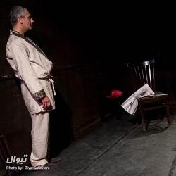 نمایش مرگ در میزند | عکس