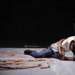 نمایش هر کسی یا روز میمیرد یا شب من شبانه روز | عکس