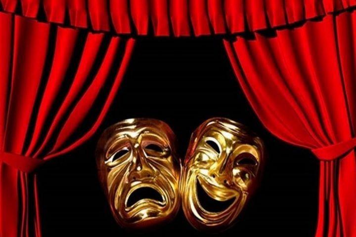 حیاتِ تئاتر به فعالیت گروهی وابسته است | عکس