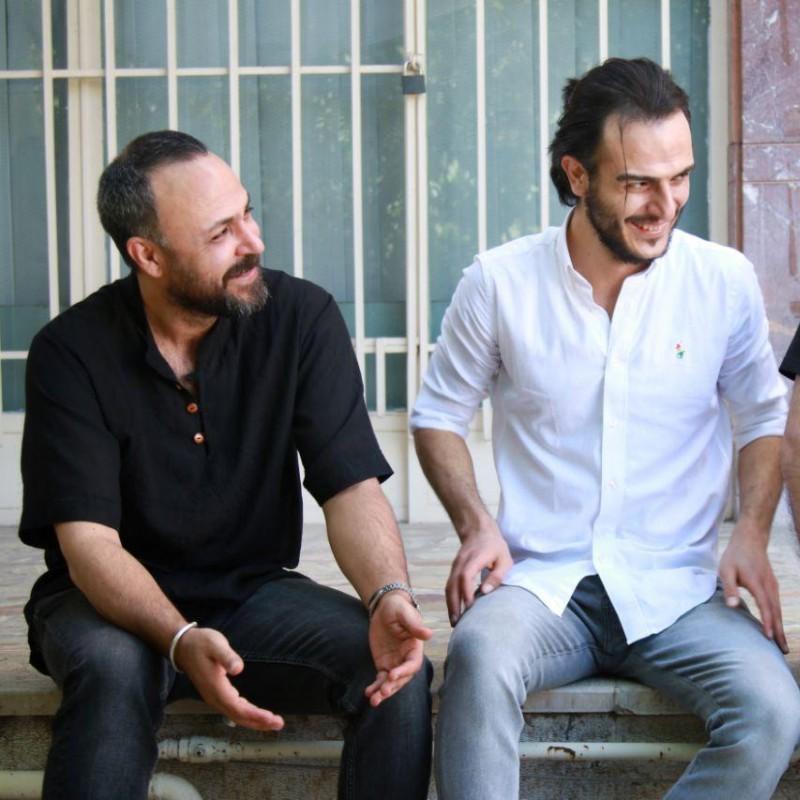 علیرضا کمالی و سعید داخ بازیگران «شب، داخلی، دیوار» شدند | عکس