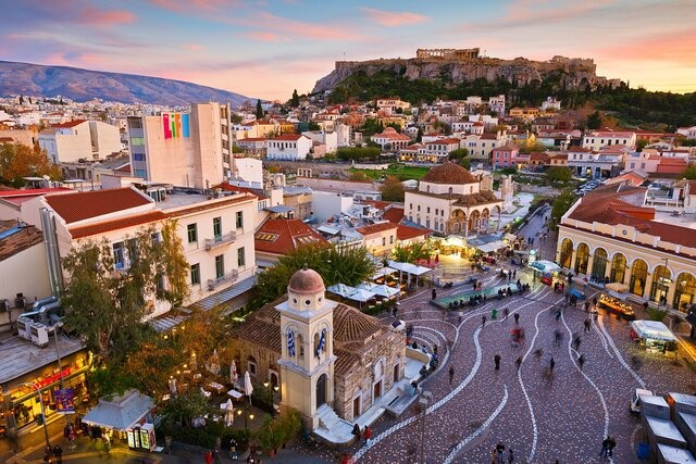 یونان ورود برخی گردشگران را ممنوع کرد | عکس