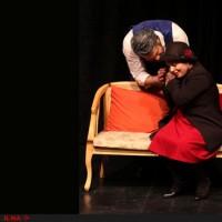 نمایش مارگاک | «مارگاک» به کارگردانی داود زاهدی و با موضوع بحران روابط زن و مرد که در عمارت نوفللوشاتو روی صحنه رفته است. | عکس