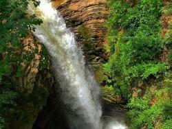 آبشار «ویسادار پرهسر» گیلان در فهرست آثار ملی | عکس