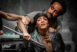 نمایش کرونوس | مدیرکل مرکز هنرهای نمایشی به تماشای کرونوس نشست | عکس