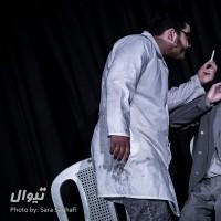 گزارش تصویری تیوال از نمایش پزشک نازنین / عکاس: سارا ثقفی   عکس