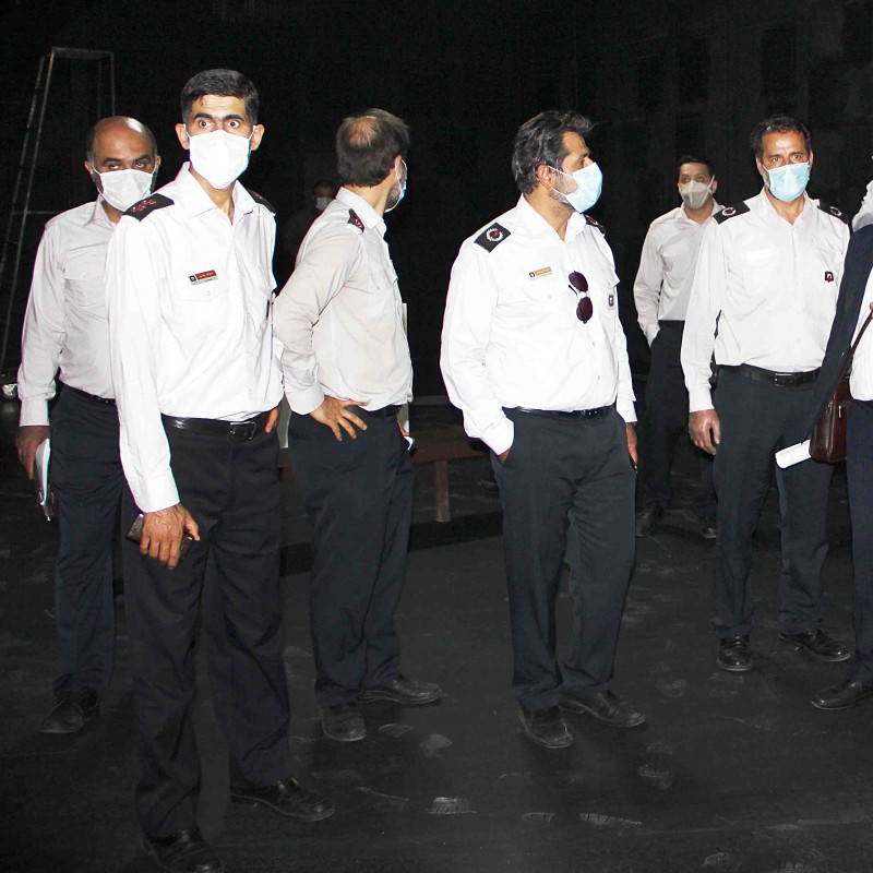 بررسی راهکارهای اطفای حریق در تئاترشهر با حضور مدیران ارشد سازمان آتش نشانی | عکس