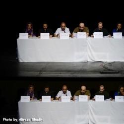 نمایش نمایشنامه خوانی مجلس ضربت زدن | عکس