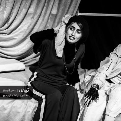 گزارش تصویری تیوال از نمایش هتل کالیفرنیا / عکاس: رضا جاویدی | عکس