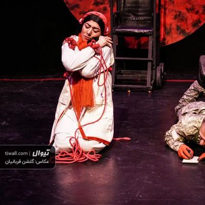 گزارش تصویری تیوال از نمایش آیینه آنتیگون / عکاس: گلشن قربانیان | عکس