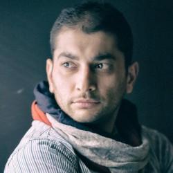 رپرتوار نمایشنامه خوانی گروه تئاتر گیتی | تئاترهای عامالمنفعه باعث ایجاد همبستگی بین مردم میشود/وضعیت طراحی پوستر تئاتر در ایران، اسفناک است | عکس
