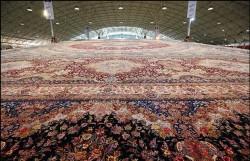رونمایی از بزرگترین فرش دستباف یکپارچه جهان در تبریز | عکس