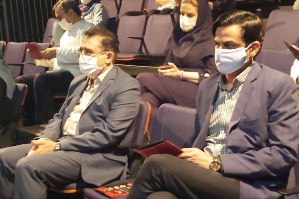 مدیر کل هنرهای نمایشی مهمان تالار سایه تئاتر شهر شد | عکس