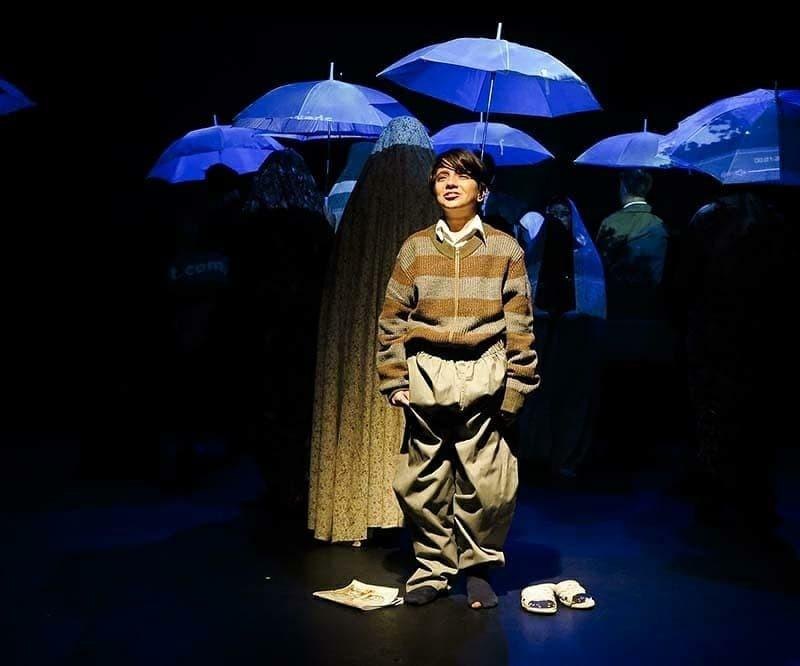 گزارش تصویری نمایش «ایوب خان» به کارگردانی امیردژاکام در تالار چهارسو تئاتر شهر  | عکس