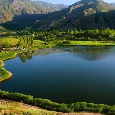 دریاچه اون الموت قزوین   در دامنه کوه خشچال در منطقه الموت در ۷۵ کیلومتری قزوین یکی از زیباترین دریاچه های طبیعی ایران قرار دارد که چشم اندازهای تماشایی آن را از معروف ترین دریاچه های ایران کرده است. به راحتی می توانید...