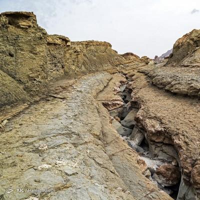 گنبد نمکی جاشک بوشهر | عکس