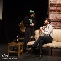 گزارش تصویری تیوال از نمایش مرد و اسلحه / عکاس: سید ضیا الدین صفویان | عکس