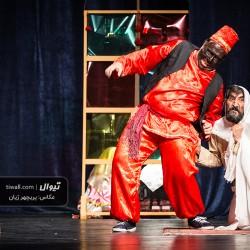 گزارش تصویری تیوال از نمایش کابوسهای مرد مشکوک / عکاس: پریچهر ژیان | عکس