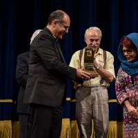 اولین نشان طراحی لباسِ صحنه ایران رونمایی شد/ آغاز داستان «دوبرادر» | عکس