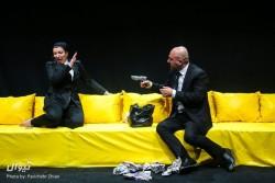 نمایش اکلیل | فراخوان مسابقه عکاسی نمایش «اکلیل» | عکس