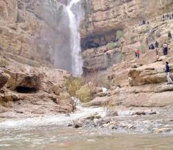 آبشار درگاهان؛ تاج عروس کویر | عکس
