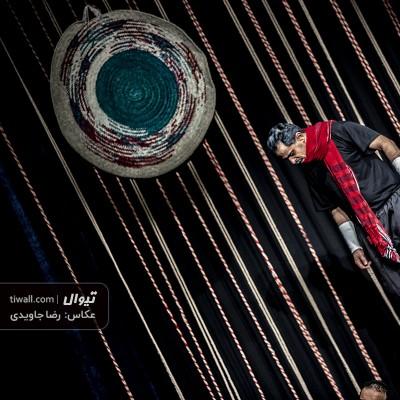 گزارش تصویری تیوال از نمایش آبگوشت زهرماری / عکاس: رضا جاویدی | عکس