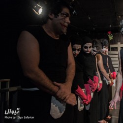 نمایش کلفتها (سالن ارغنون) | عکس